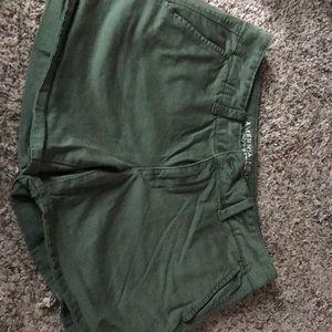 NWOT American Eagle Midi shorts
